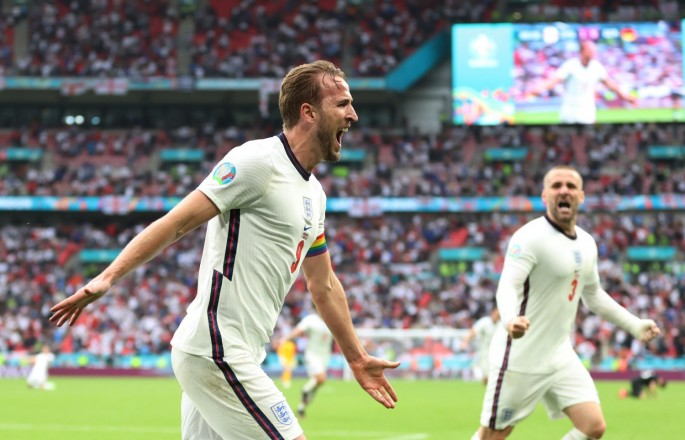 Soccer-England sweep history and Germany aside to move into